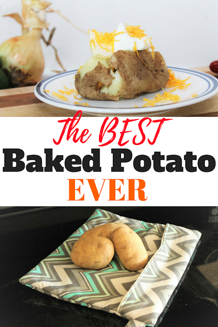 Need to bake a potato super fast?  You'll want to make a microwave baked potato bag with this step by step tutorial and free downloadable pattern. #bakedpotato #potato #microwave