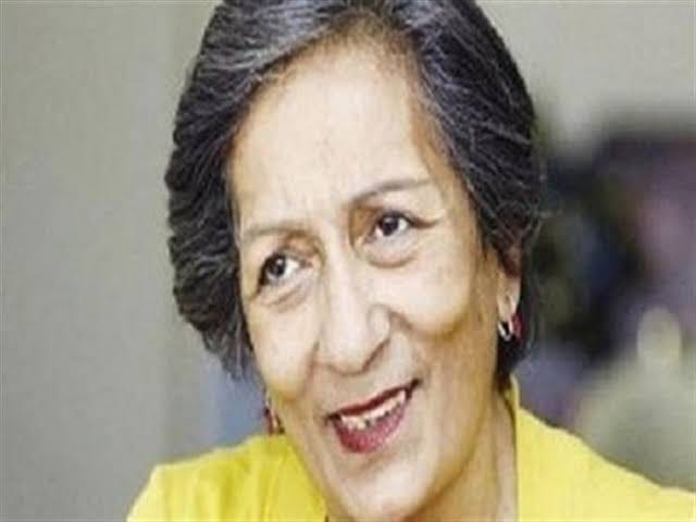 """كاميليا السادات """"في ذمة الله بعد تعرضها لأزمة صحية"""