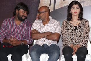 Vizhithiru Movie Press Meet Stills  0016.jpg