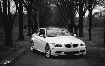 Wallpaper: BMW M3 in Black and White