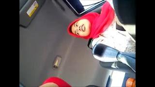 Vidio sex hijab indo ngentot streaming