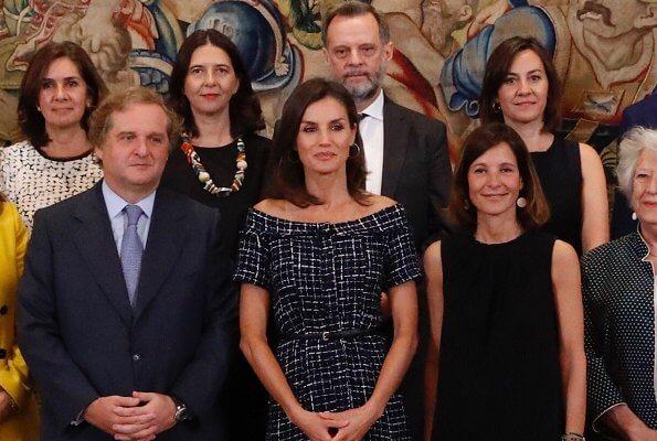 Queen Letizia wore Zara tweed dress and Carolina Herrera suede pumps