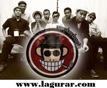 http://www.lagurar.com/2018/07/download-lagu-monkey-boots-terbaik.html