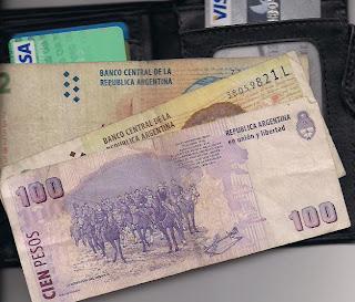 Pesos argentinos, dinero, Argentina, vuelta al mundo, round the world, La vuelta al mundo de Asun y Ricardo
