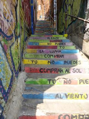 Pinturas en las escaleras del Pasaje Fletcher