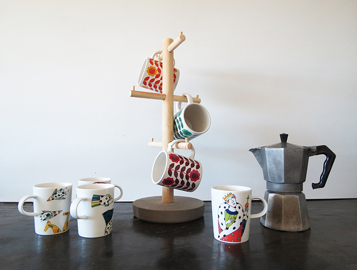 DIY cup stand tree