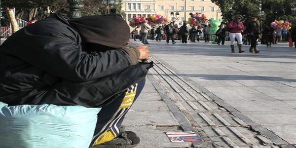 Independent: Αντιμέτωποι με μια κοινωνική και ανθρώπινη καταστροφή οι Ελληνες