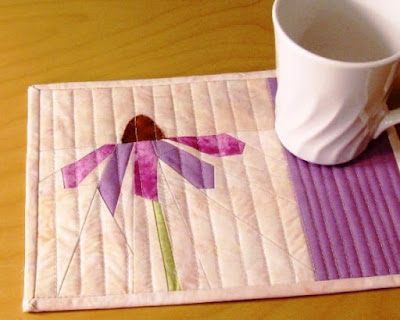 purple coneflower quilted mug rug pattern - detail 1