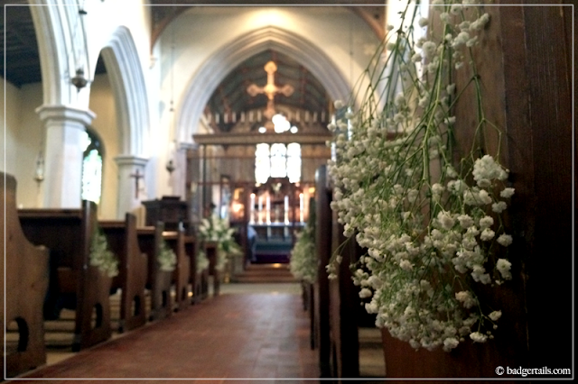 Bunch-of-Gypsophelia-in-English-Church