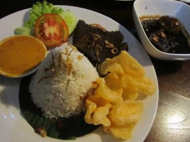 Makanan Kuliner Enak Di Makan Malam Hari