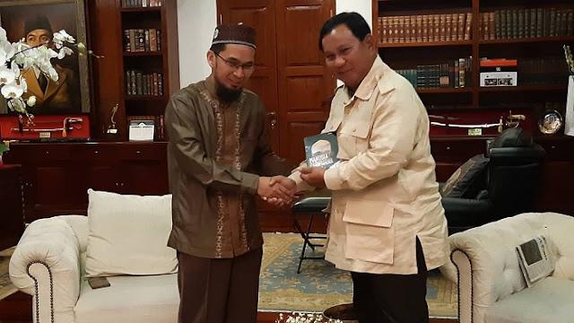 UAH ke Prabowo: Jika Bapak Khianat, Saya Orang Pertama yang akan Bersaksi di Hadapan Allah