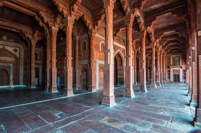 Pillared side halls of Jama Masjid