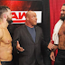 Kurt Angle anuncia quem ficou com a última vaga da Elimination Chamber Match