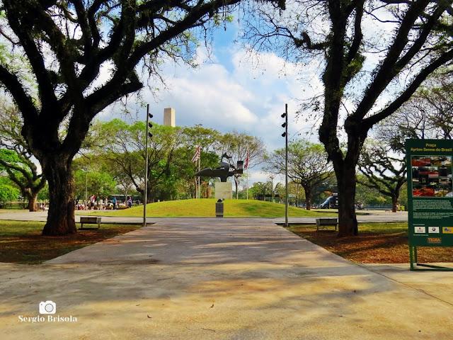 Vista ampla da Praça Ayrton Senna do Brasil - Paraíso - São Paulo