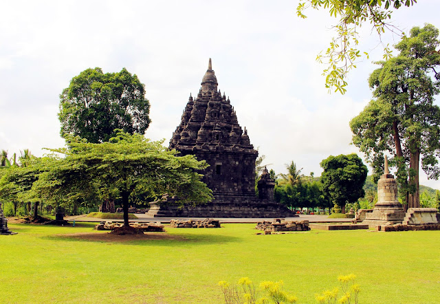 Mengintip Keindahan Wisata Candi Sojiwan Klaten, Jawa Tengah