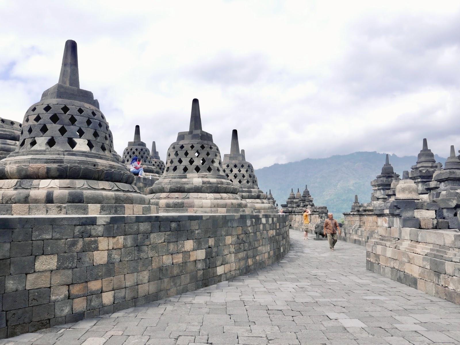Indonésie: visite de Borobudur et Prambanan