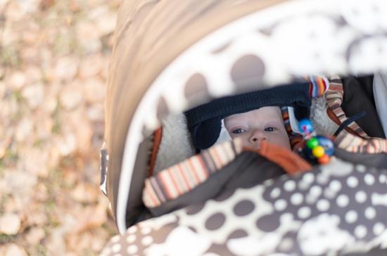 4 sai lầm của xe tập đi cho bé ảnh hưởng nghiêm trọng đến cơ xương của bé