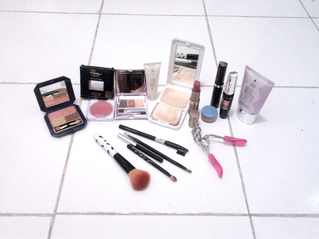 - everyday is my day -: Makeup-nista Challenge