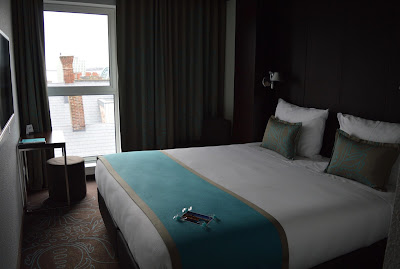 Motel One Newcastle Bedroom