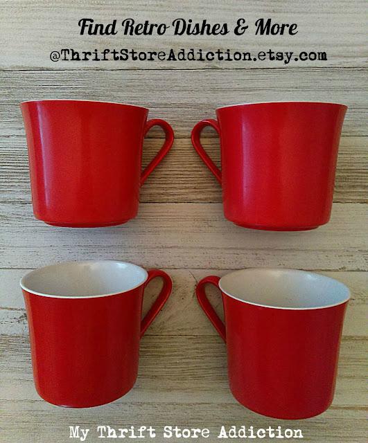 Oneida Deluxe vintage cups