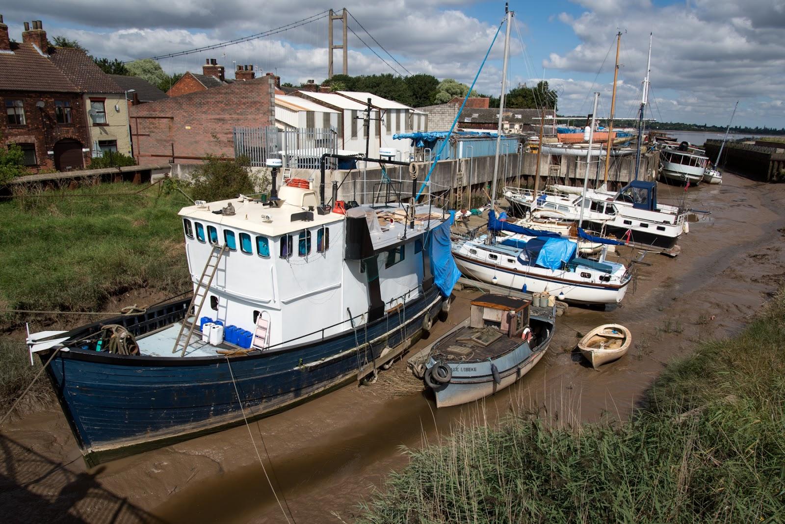Barton boat yar