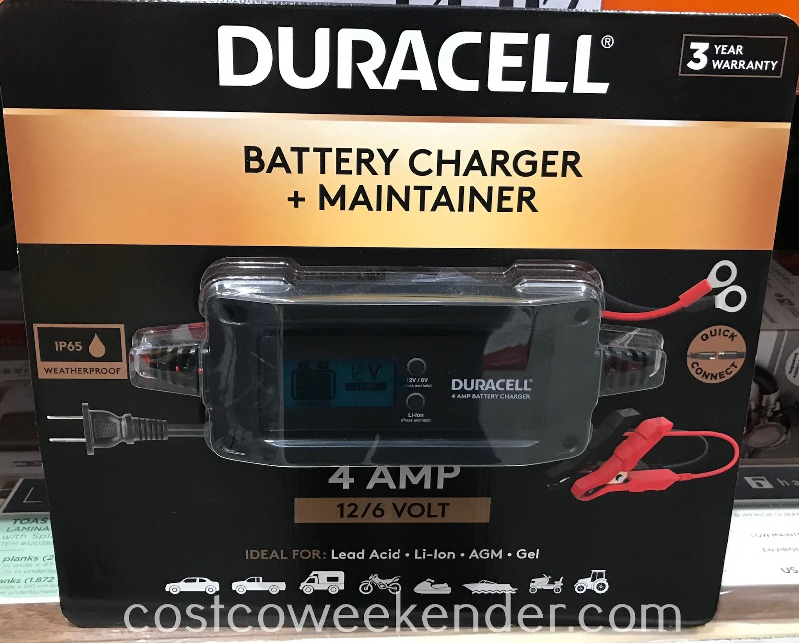 Easily charge your battery with the Duracell Battery Charger and Maintainer