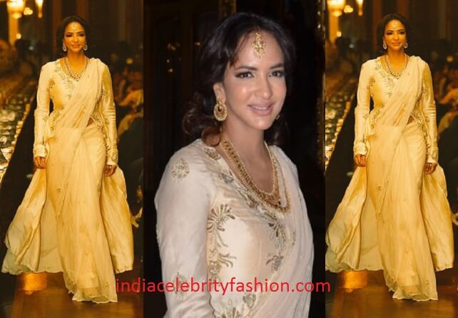 Lakshmi Manchu in Shilpa Reddy Saree