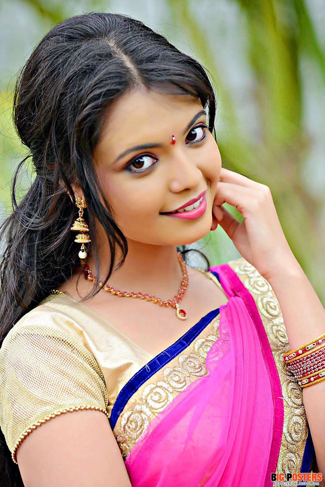 cute-marathi-girl-closeup-babes-masterbating