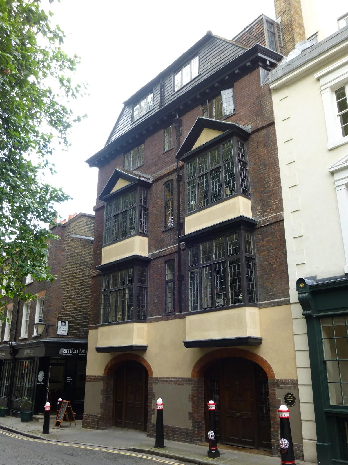 Medieval London : 41&42 Cloth Fair