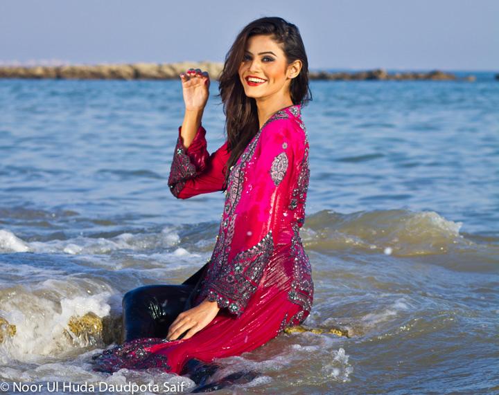 Karachi Beautiful Girls Fashion Girls Photo