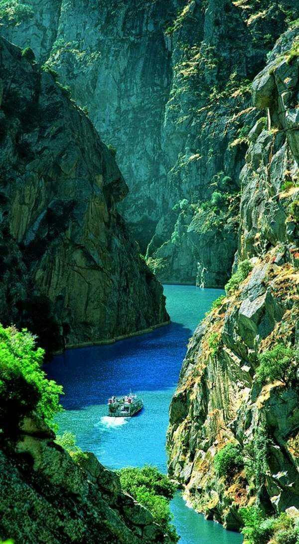 Real Option Approach - Douro River, Portugal