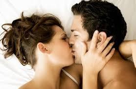 Bahaya Berciuman Bibir saat Pacaran (CIPOKAN)