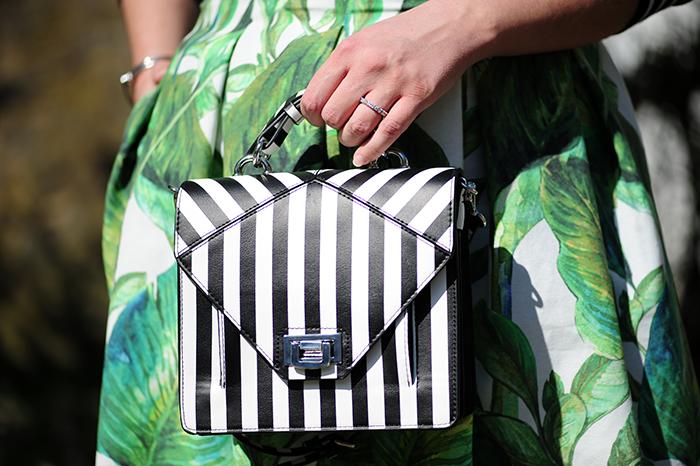 DIY, sewing, nähen, Burda style, stripes, Streifen, palmprint, palmleaf, Palmendruck, Dolce&Gabbana, StoffStil