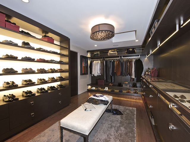 Picture of large walk in closet