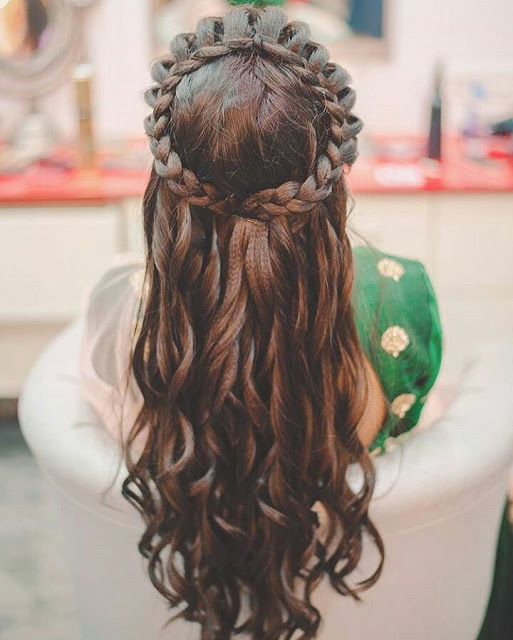 New Hairstyle For Wedding Ceremony: 30 Easy Hairstyles For Your Mehndi Ceremony