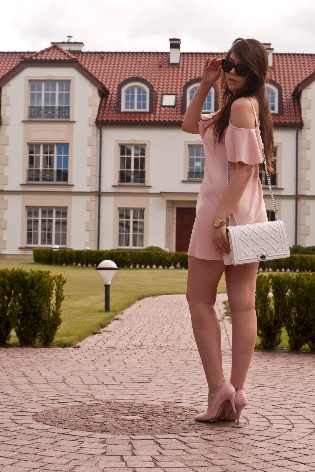 sukienka w litere A