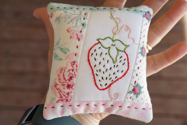 Free Pattern: Strawberry embroidery pincushion by Anorina Morris of sameliasmum.com
