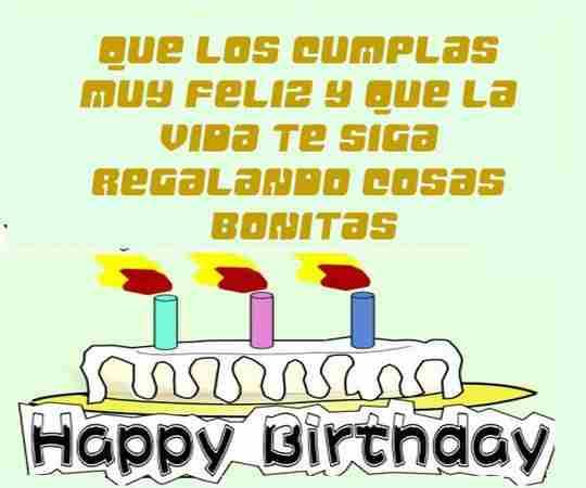 Torta de cumpleaños con saludo de dedicatoria para enviar