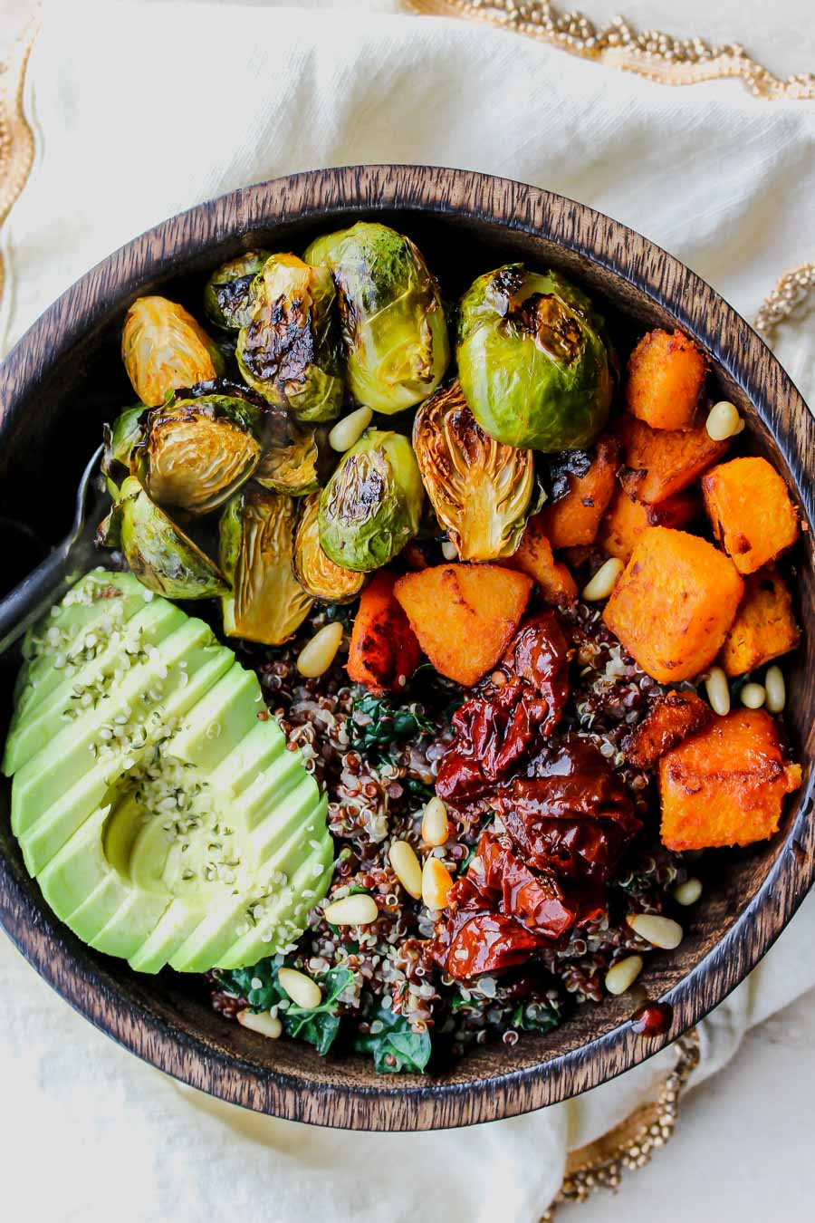 QUINOA POWER BOWLS WITH MAPLE CHIPOTLE BRUSSELS AND SMOKY BUTTERNUT SQUASH #vegan #healthy