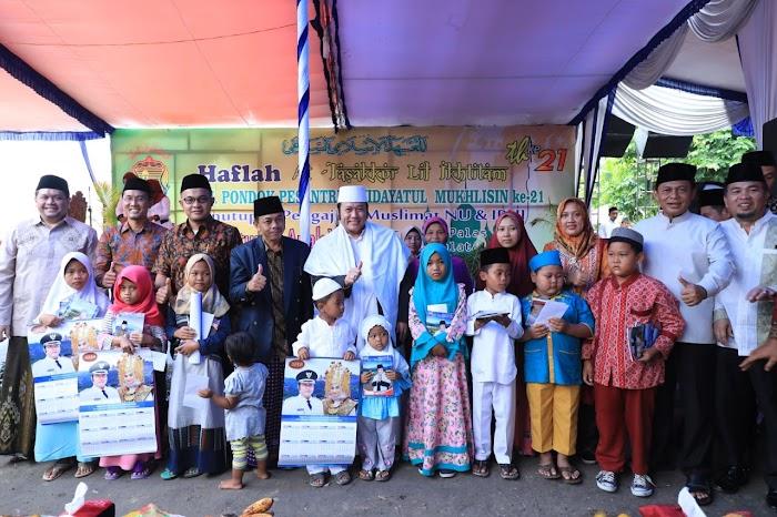 Bupati Hadiri Tabligh Akbar Pompes Hidayatul Mukhlisin di Palas Jaya Lamsel