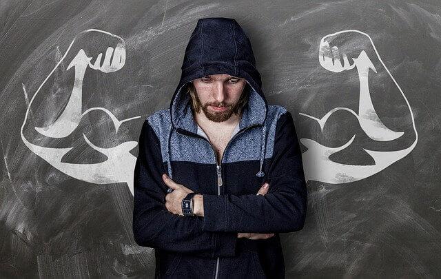 هذه 8 أساسيات النظام الغذائي لبناء عضلاتك!!