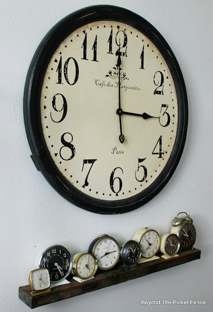 clock collection, old level, shelf, wall clock, DIY, easy shelf, http://bec4-beyondthepicketfence.blogspot.com/2016/04/level-shelf.html