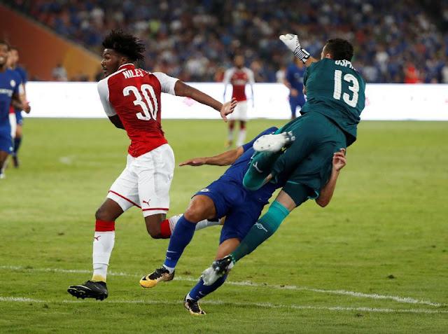 Kiper Arsenal Dinilai Sengaja Cederai Pedro