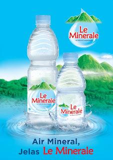 Sloga air minum le minerale : air mineral, jelas Le Minerale