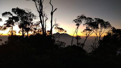 pendakian gunung salak footravelers