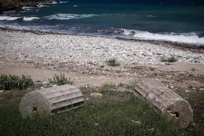 Εντυπωσιακό αρχαίο ψηφιδωτό δαπέδου σε παραλία στο Πήλιο
