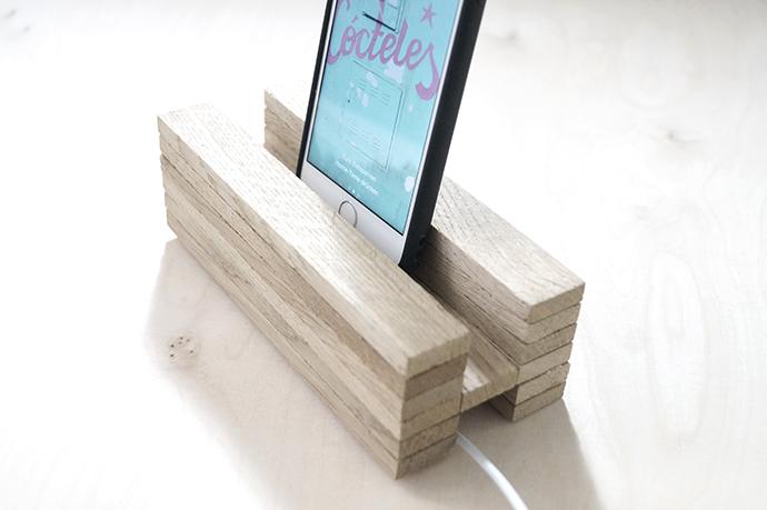 DIY Handyladestation aus Holz, Handyhalter