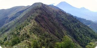 Ragam Pilihan Jalur Pendakian Gunung Dieng Untuk Anda