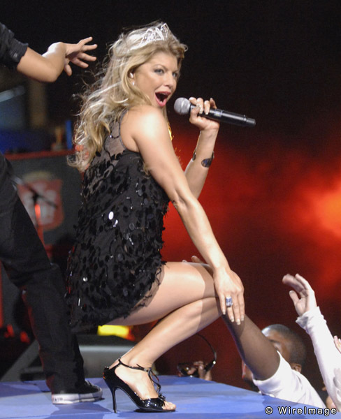 For the super bowl 2011 fergie upskirt