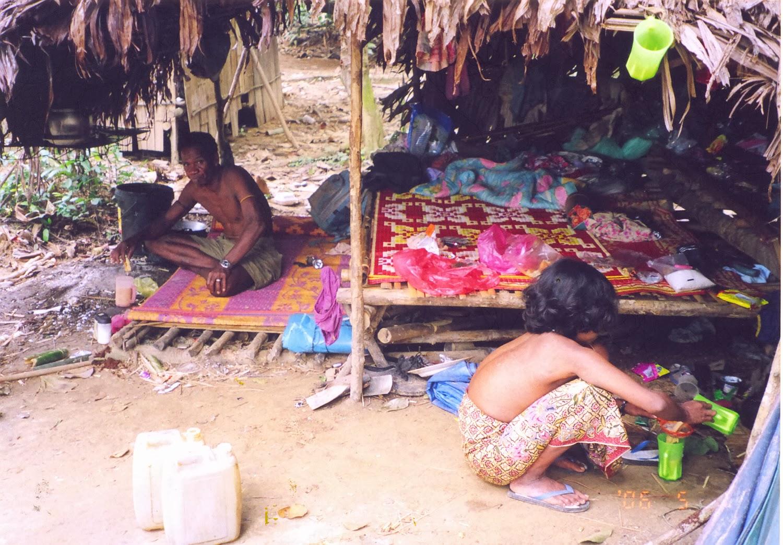 Batek People: Multitasker: Taman Negara